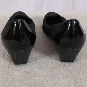 87c04939ecc8 Joan   David Shoes - Circa Joan   David Black Wedge